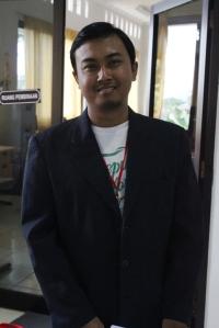 Kangmas Erwin Abdillah (CEO WE Media) :*