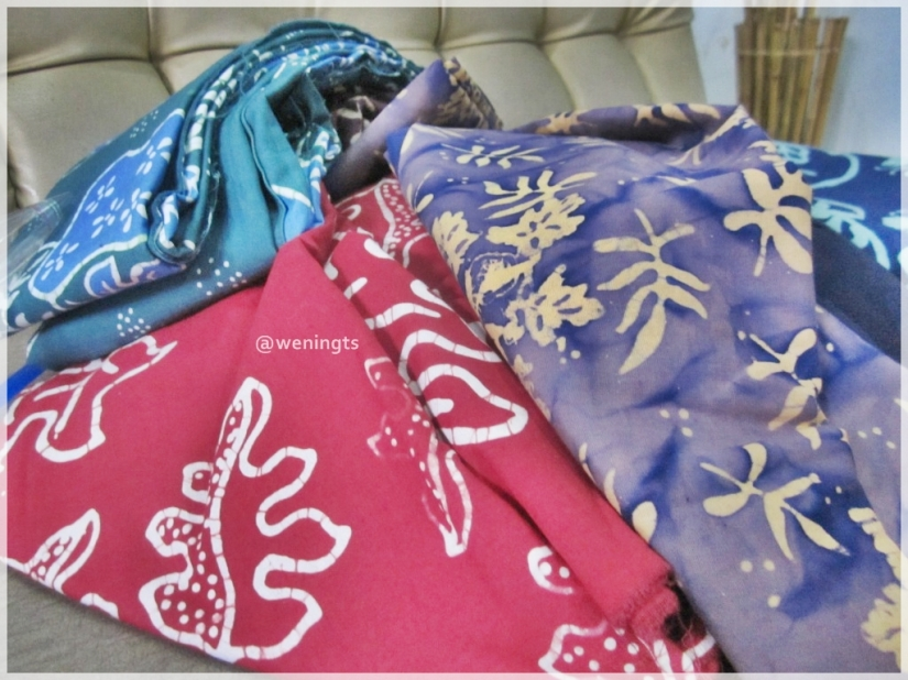 Berbagai motif bati Kembang Keli. Daun Carica dan Purwaceng