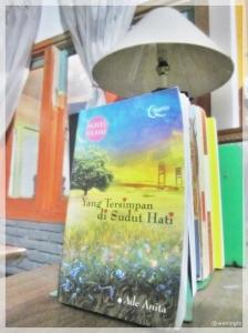 Novel Yang Tersimpan di Sudut Hati (Ade Anita)