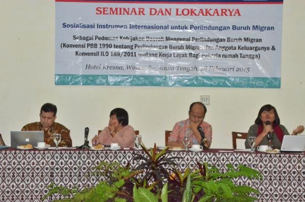 Para pembicara seminar